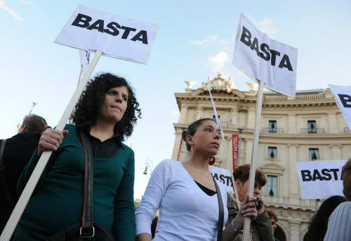 Manifestazione contro la violenza alle donne