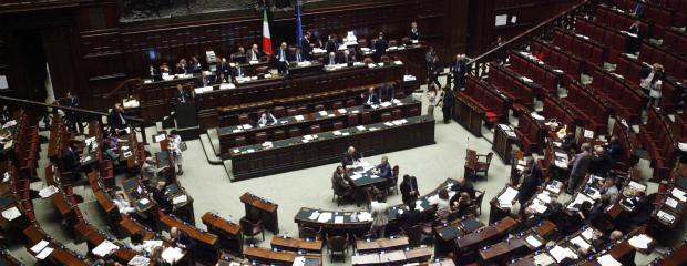 Il parlamentare pdl da euro al mese con le spese for Parlamentare pdl