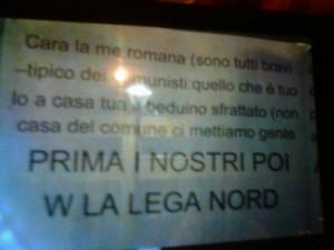 Il manifesto  della Lega affisso ad Adro contro Romana Gandossi