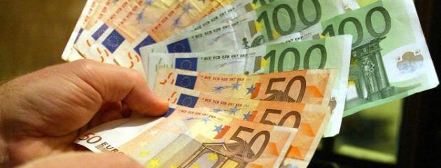 """Gli stipendi italiani tra i più bassi d'Europa. L'Ocse: """"Molte tasse sui salari"""""""