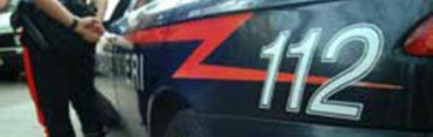 Lodi, ucciso il carabiniere di quartiere. Agguato a colpi di pistola in centro