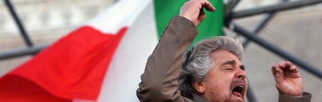 """Napolitano: """"5 Stelle? Non vedo il boom"""". Grillo: """"Vola basso, resto a bocca aperta"""""""