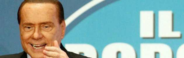 """Di Pietro """"laureato dai servizi"""", annullato il proscioglimento di Berlusconi"""