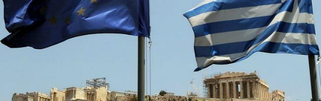 Grecia, mentre il Paese affondava la banca centrale ha speso 50 milioni in pubblicità