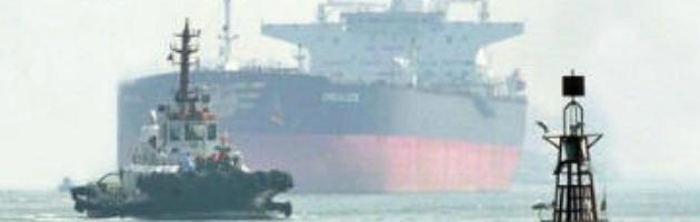 Caso Marò, la Corte suprema indiana autoriza la partenza dell'Enrica Lexie