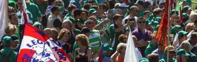 Aggressione ai giornalisti al Lega Day Malmenato cronista del Fatto