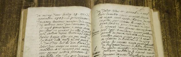 Napoli, rubati libri antichi: cinque arresti. Indagata collaboratrice di Dell'Utri
