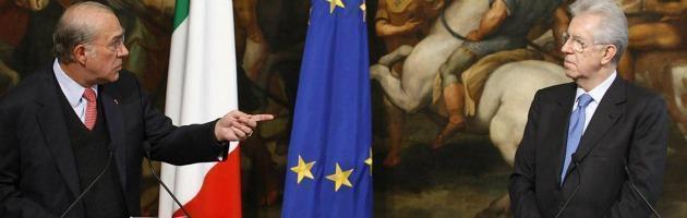 """Ocse: """"Italia, serviranno altre manovre"""". Ricetta anti-crisi? """"Ridurre gli stipendi"""""""