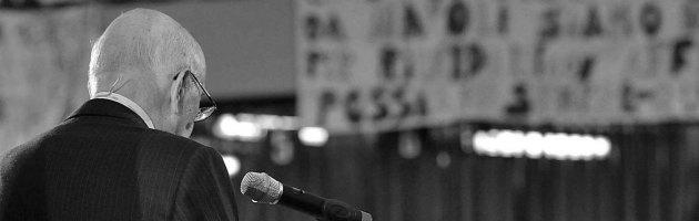 """Napolitano ai giovani: """"Il web non è il luogo delle decisioni politiche"""""""
