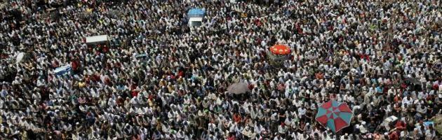 Egitto, le proteste contro Mohamed Morsi arrivano al palazzo presidenziale del Cairo