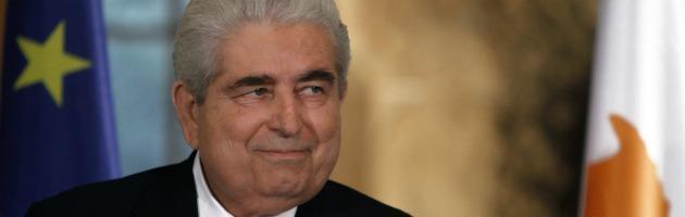 """Cipro al ballottaggio, aiuti europei appesi alla sorte del """"candidato Merkel"""""""