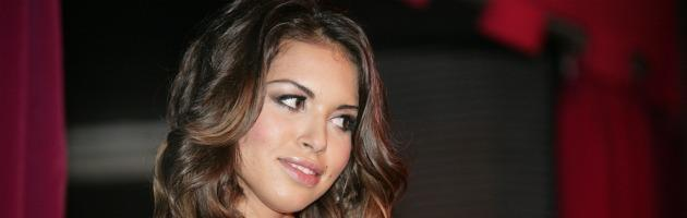 """Ruby protesta al tribunale Milano: """"Per colpire Berlusconi fate danno a me"""""""