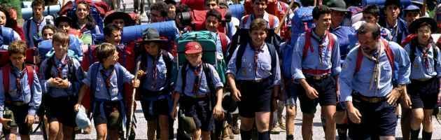 """Scout cattolici: """"No al coming out dei capi gay"""". Grillini: """"Documento disumano"""""""