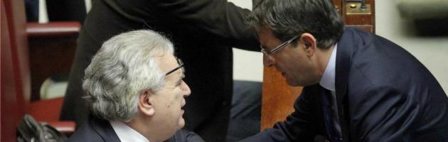 """Elezioni, Berlusconi: """"Cosentino sub iudice"""". Pdl in guerra sugli impresentabili"""
