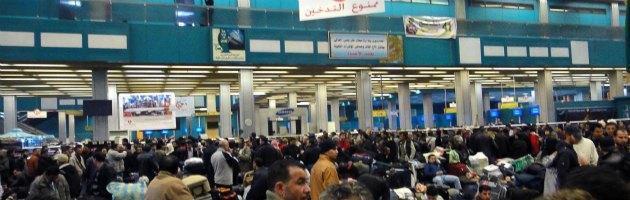 Libia, aeroporto di Tripoli occupato da miliziani. Dopo poche ore smobilitano
