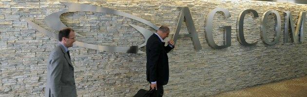 "Agcom: ""Sky supera i ricavi di Mediaset. Cresce solo pubblicità online"""