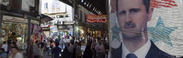 """Siria: sanzioni dall'Ue, Nato in allerta. Damasco: """"Il nostro suolo è sacro"""""""
