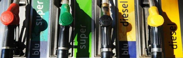Sconti benzina, anche i petrolieri in 'crisi'. Ed Eni svende il pieno nel week end