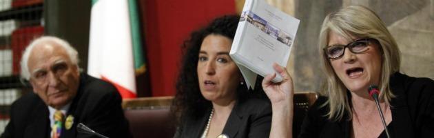 "Cannabis per uso terapeutico, i Radicali ""piantano"" marijuana a Montecitorio"