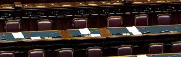 Sprechi e poltrone spartite, l'Italia affonda la casta resiste