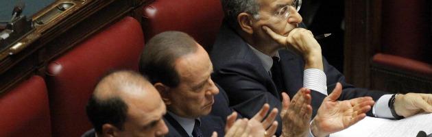 """Finmeccanica, Berlusconi: """"Pm contro l'economia"""". Maroni: """"La Lega non c'entra"""""""