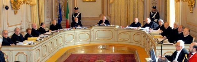 Patto di stabilità, Consulta illegittimità norme a tempo indeterminato