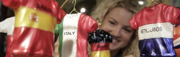 (N)euro 2012 – Il torneo è polacco e ucraino, ma di indigeno c'è solo la gnocca