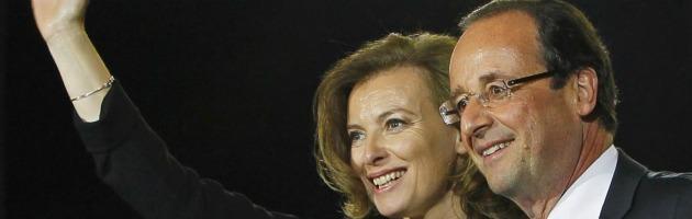 La sobrietà di Hollande e gli scandali dei compagni nel Partito socialista