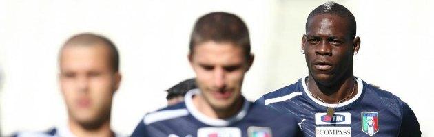 (N)Euro 2012 – Imbarazzo Rai: ospite ride a una battuta di Gene Gnocchi