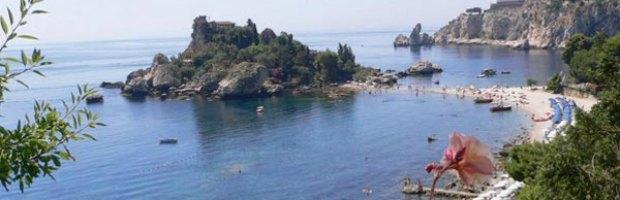 Il Taormina film festival e il ministro dell'Istruzione ospiti dell'hotel sequestrato