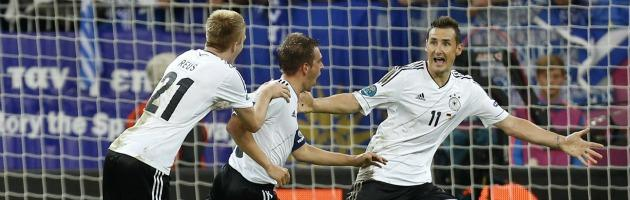 (N)Euro 2012 – Cronache e dintorni: rigore per la Grecia, esulta la Merkel