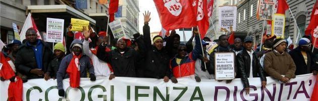 """""""Fondi regionali per pagare il lavoro nero"""": operai bloccano l'impresa"""