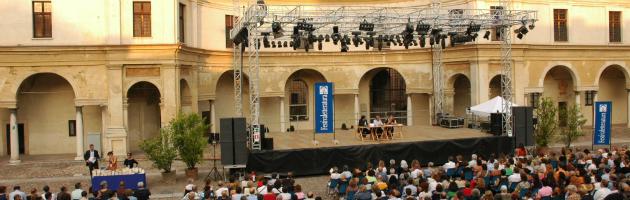 Mantova, il terremoto non ferma la cultura. Al Festivaletteratura c'è il Nobel Heaney
