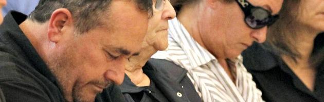 """Attentato Brindisi, il padre di Melissa: """"Chi ha ucciso non è un padre"""""""