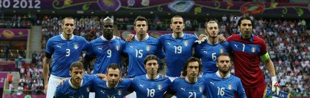 """(N)Euro 2012 – Le camicie nere di Rai Sport e le """"gufate"""" di Berlusconi"""