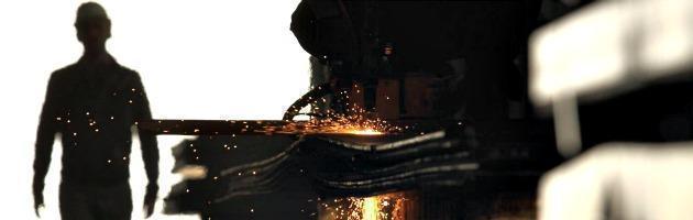 Istat: industria italiana, scendono i fatturati. Resistono farmaci e trasporti