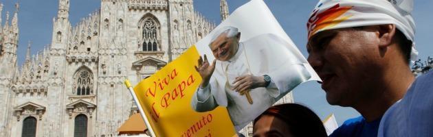 """Papa a Milano: """"Terremotati e famiglie colpite dalla crisi sono nella preghiera"""""""