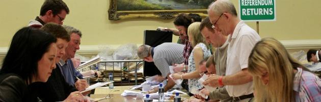 Referendum anticasta, una valanga di firme. Ma il voto è lontano