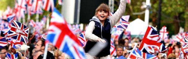 """Il think tank euroscettico: """"Al Regno Unito conviene rimanere in Europa"""""""