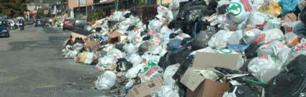 Salerno, il consorzio dei rifiuti affonda. Ma faceva anche da succursale dei Ds
