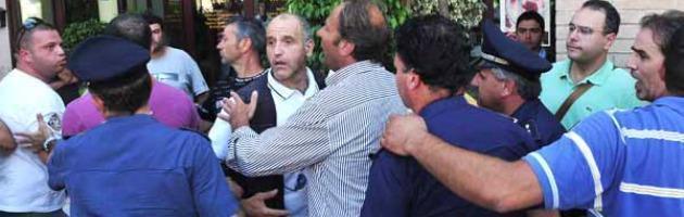 """Botte ai giovani democratici: """"Qui comanda De Luca"""", ma il processo non inizia"""