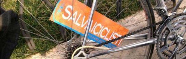 #Salvaiciclisti, critical mass digitale e lettera a Monti per modificare una legge