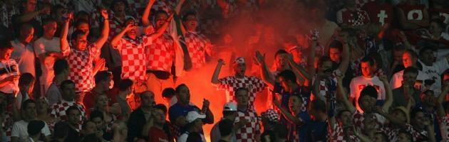 Euro 2012, scontri prima della partita: polacchi contro russi, oltre 130 arresti