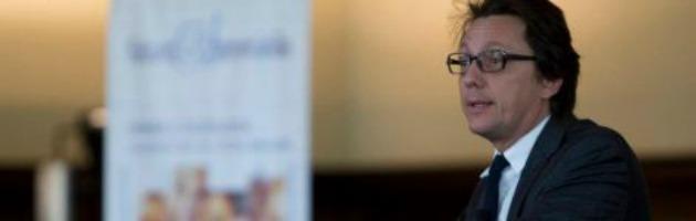 """Grillo ha follower falsi? E' guerra. Calzolari: """"I 5 Stelle mi minacciano"""""""