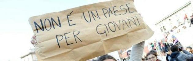 Disoccupazione, l'Italia guarda alla Francia e pensa ai contratti generazionali