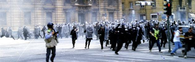 G8 Genova, risarcito con 350 mila euro reporter britannico picchiato e arrestato