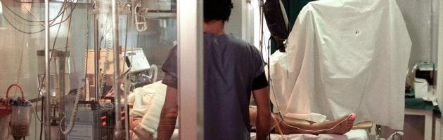 Calabria, medici ritardano cesareo. A processo per lesioni gravissime