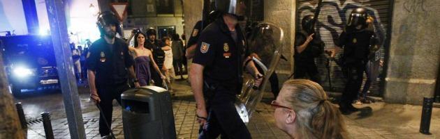 Spagna, disoccupati marciano a Madrid. Ma anche le regioni rischiano il default