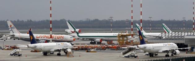 Aeroporto di Malpensa come Pomigliano: fuori dai cancelli operai sgraditi all'azienda