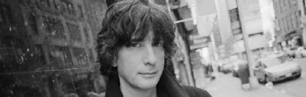 Strage di Denver: la gaffe su Neil Gaiman, scambiato per il 'papà' di Batman